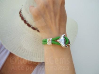 Cíes. Pulsera cuero verde y ancla