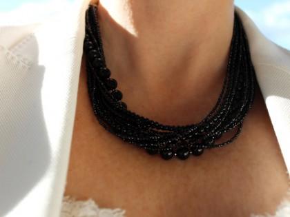 Amorgos. Collar de Espinela, Ónix y Plata Varias Vueltas