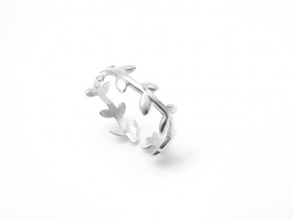 Céfiro. Anillo mini laurel plata ajustable