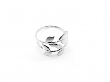 Céfiro. Anillo laurel plata ajustable