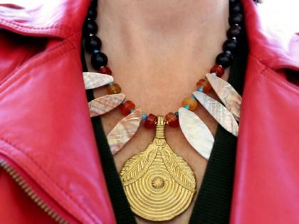 Serengueti. Collar Cornalina, Apatito, Ébano y Bronce