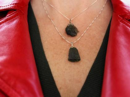 Collar Tektita. Moldavita con plata de ley