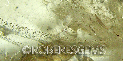 Cuarzo con rutilo o Cuarzo rutilado RoberesGems